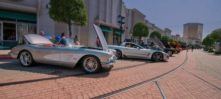 Corvette Show at the Boardwalk